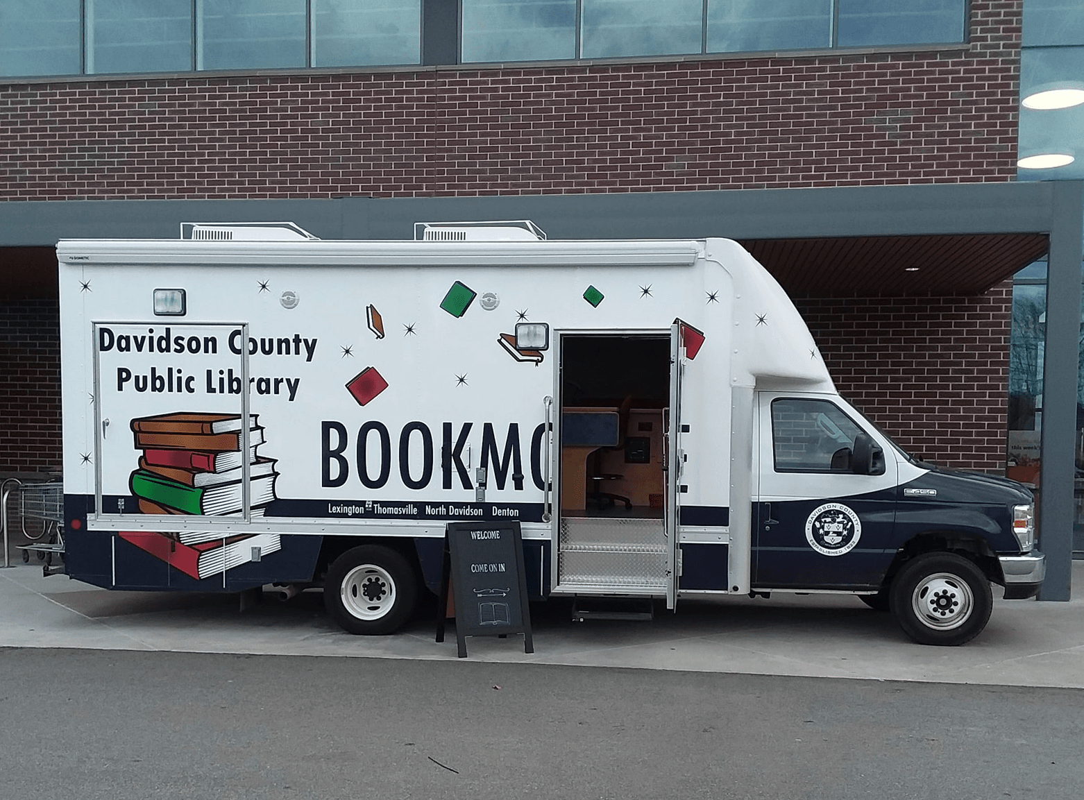 bookmobile Opens in new window